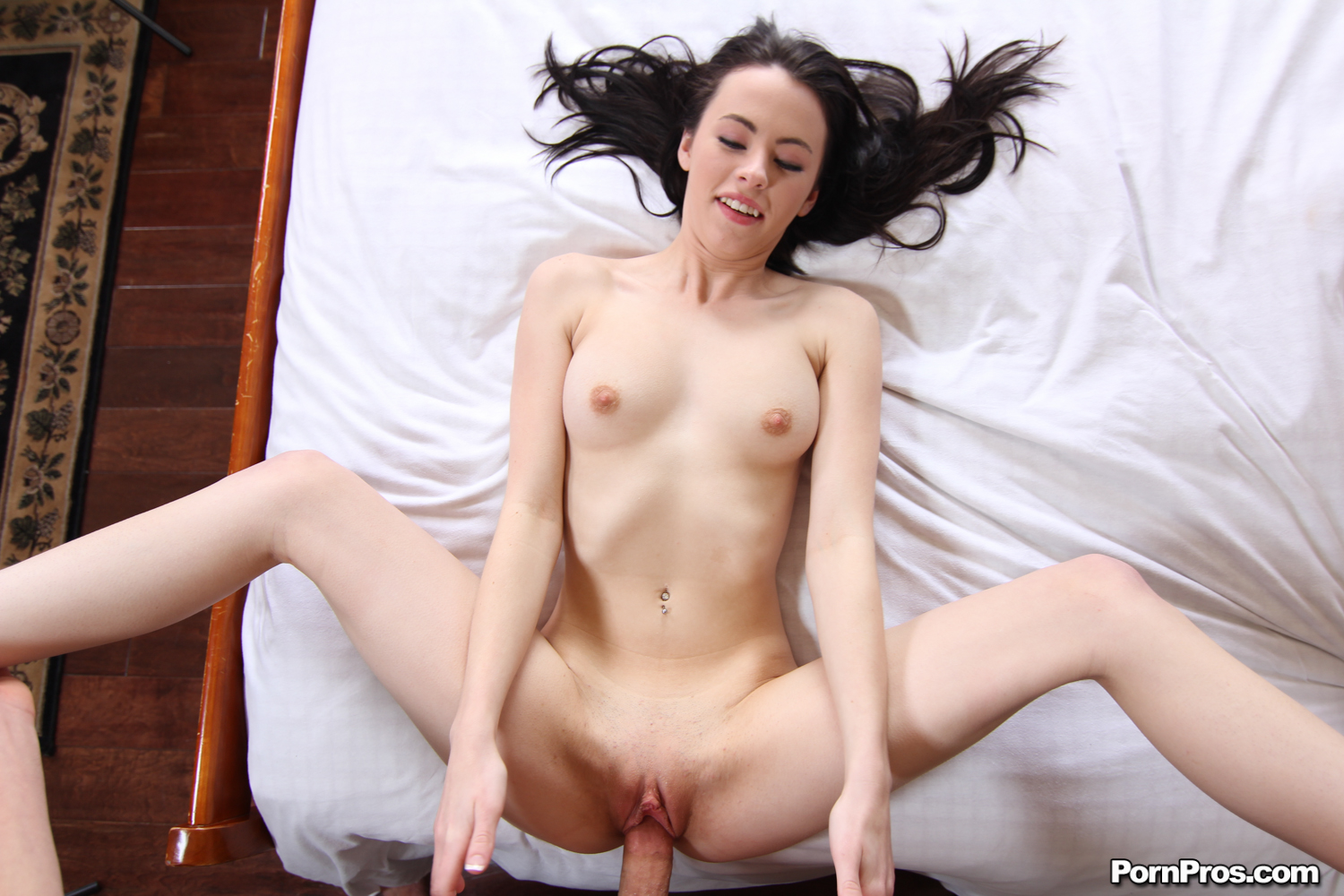 Groupsex on the couch 6